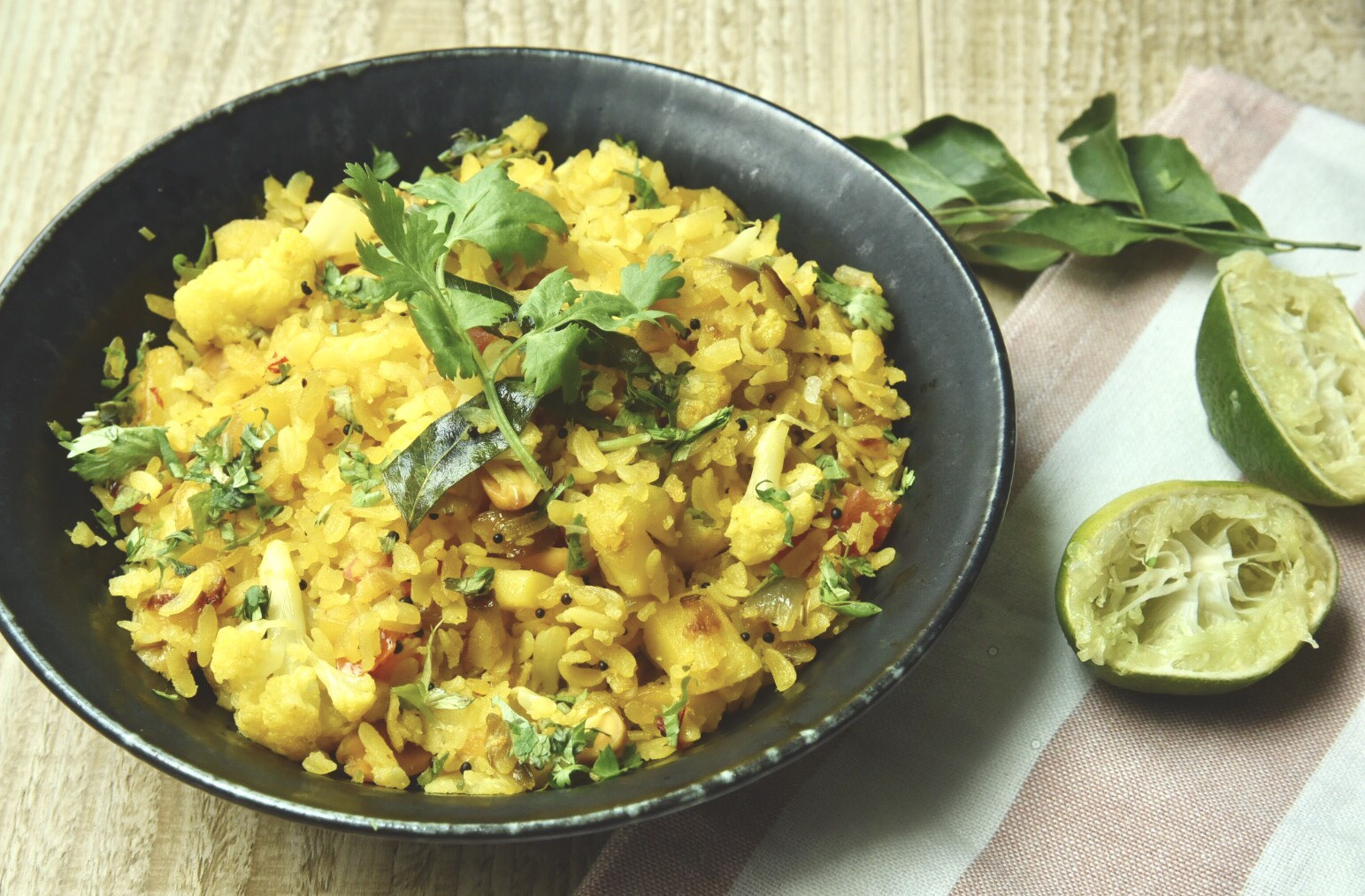 Kande Pohe (Flattened rice cooked with onions)